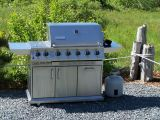 MANY MEALS WERE PREPARED ON THIS TOP OF THE LINE GRILL