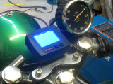 1206 New speedo mount so I can see it while riding (impossible with the old one)