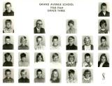 grade 3 with Mrs Aschenbrenner.jpg