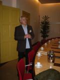 Frank Borgman houdt toespraak gemeentehuis