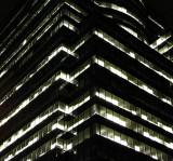 Gratte-ciel CGI la nuit