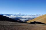 Full range of the Great Himalaya 60 km away from the summit of Pang-la Pass