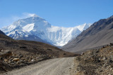 A beautiful clear day as we arrive at Mt Everest