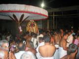 devottees on the way to welcome Raghavan.JPG