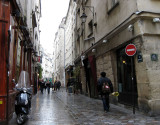 Rue des Rosiers on a rainy day