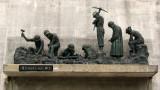 Memorial to the dam builders