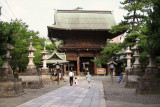Main gate of Hakusan-jinja