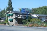 Mariposa lodge, California