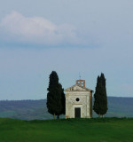 Chapel on the road to Pienza