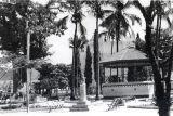 Parque Remodelado (notese el cambio en Bancas)