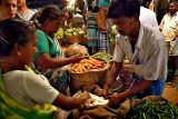 Early morning market