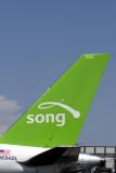 SONG BOEING 757 RF.jpg