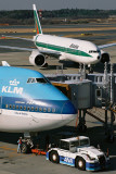 KLM ALITALIA AIRCRAFT NRT RF.jpg