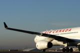 AIR CANADA AIRBUS A340 300 CDG RF IMG_2026.jpg