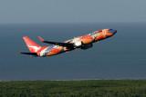QANTAS BOEING 737 800 CNS RF IMG_9511.jpg