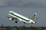 ALITALIA AIRBUS A321 AMS RF IMG_6785.jpg