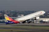 ASIANA BOEING 777 200 SYD RF IMG_9720.jpg