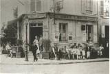 Cafe du Soleil Levant En 1920