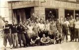 Au meme emplacement: Maison Rouillard, magasin pour cyclistes En 1948