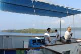 DSC01485 - Captain and pilot on the bridge as we enter Gatun Lake