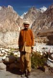 Man and mountains-Passu