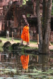 monk and Banteay Srei