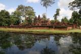 Banteay Srei across the moat
