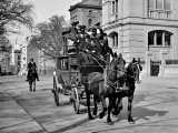 1900 - Stagecoach on upper 5th Avenue