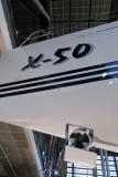 Des moteurs d'étrave équipent les plus grosses unités, comme ici un X-50