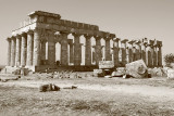 Temple de Selinunte pris avec le mode N&B sépia du Mark III