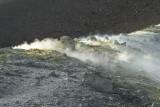 Gaz souffré au sommet du volcan de l'île de Volcano