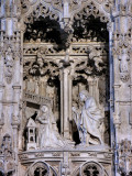 42 Reredos - Risen Christ appears to Mary 88002029.jpg