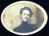 Grace Ethel Coatney was the youngest of two daughters born to George Combe Coatney & his wife Eliza Ella McClellen. Grace died at an early age, having no issue. This photograph was sent to me by Donald G. Coatney. He is in possession of the original.