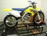 Suzuki RMZ250 and RM250