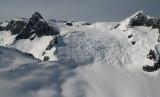 Peak 9535 (L) & Peak 9501, View N (Compton051407-_029.jpg)