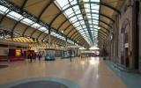 Paragon station interior.jpg