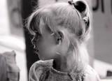 Petite fille perdue au supermarché