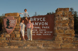 The obligatory sign and family photo at Bryce Canyon
