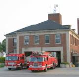2007-july-detroit-fire-engine-55-ladder-27-firehouse-18140-joy-rd.JPG