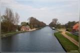 fietsen langs het kanaal in Olen naar Den Thijs