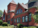 Building conversions: Grace Baptist Church/condo