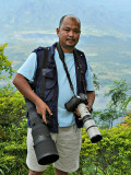 BIRDING LIGHTLY. The 20D + Sigmonster serves as my sniper combo, while the 1DM2 + battle-scarred 400 5.6L was my CQB SMG, as I set up atop Mt. Samat, Bataan in early 2006.  Those were the days when birding was much lighter. Now, the 400 5.6L is replaced by the much-heavier 500 f4 L IS + Canon 1.4x TC as my default medium-range shooter.