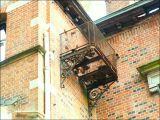 Petite terrasse/passerelle, château Tournay-Solvay. A quoi servait-elle ?