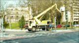28/3/2007 - Obstruction... CHAQUE jour cette piste cyclable est envahie de camions, camionnettes... (suite)