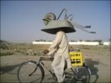 Comment transporter une brouette à vélo.