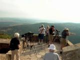 Birders at a raptor migration point - Castellar el Viejo - Pajareros en Castellas el Viejo