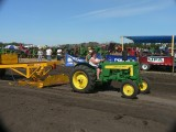 Lady tractor pull.jgp.jpg