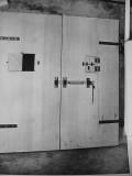 Btry Townsley  test door B closed 1943