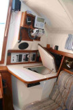 nav station w. built in ice box