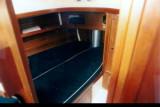 fwd cabin dbl berth